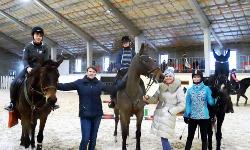 25 января закончилось обучение по программе «Подготовка лошадей и всадников по конкуру».